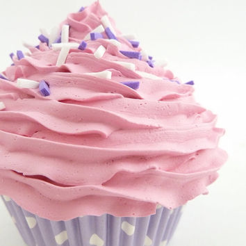 Fake Cupcake bakery decoration ,coffee shop decoration ,cupcake shop decoration display window  kitchen decoration  pink icing