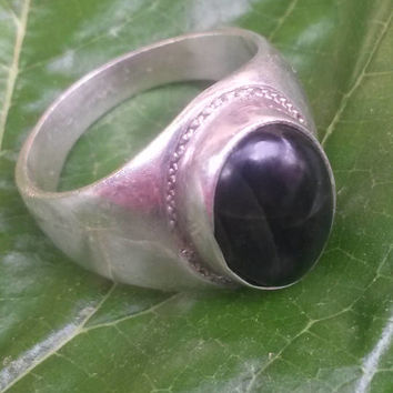 Vintage jade sterling silver ring . Naturel jade gemstone in 925 silver ring . Unique gemstone in Antique sterling silver ring for men