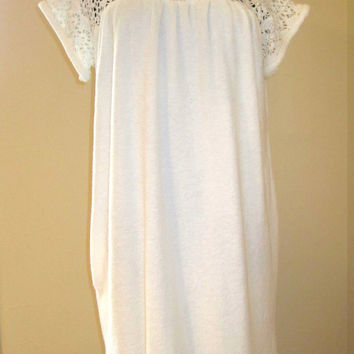 Super Cute Vintage 70's Classic Terry Cloth Lace Hippie Boho Baby Doll Pullover Coverup Summer Cruise Beach Dress