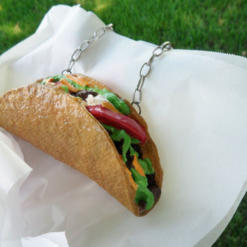 The Taco Necklace Realisitc Life-Size Food Jewelry Mexican Food Hard-Shell Taco Kawaii Food Unique Jewelry