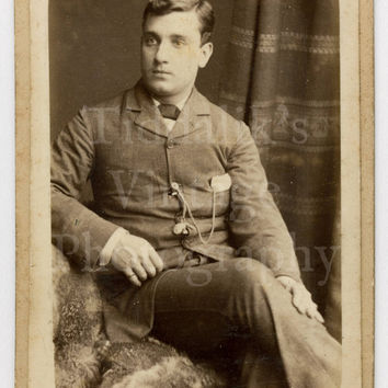 CDV Carte de Visite Photo Victorian Handsome Young Seated Man Portrait by E G Russel of London England