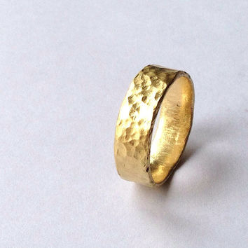 Gold Chunky Hammered Ring - Minimal Wedding Band - Solid 18 Carat  - Men's - Women's - UK Hallmark - Rustic - Recycled - Distressed
