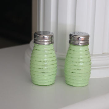 Shabby Chic Salt and Pepper Shakers, Salt and Pepper Shakers, Lime Green kitchen, Rustic Salt and Pepper Shakers, Vintage decor, Distressed