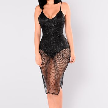 Ways To Articulate Glitter Dress - Black