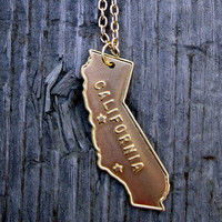 California Love Necklace in Gold with Chain