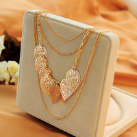 HOT ITEM Stray Leaves Necklace