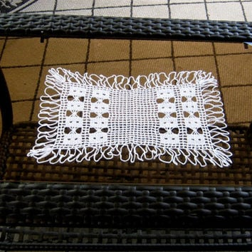 "Lovely Crocheted Doily, 11"" x 14"" Rectangular Doily, Vintage Wedding Linens, Lace Crochet Table Scarf or Runner,Table Linens, Home Decor"