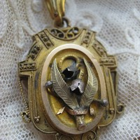 Victorian Etruscan Revival Memorial Locket