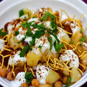 Recipes - Papri Chaat (Savoury Yogurt Snack)