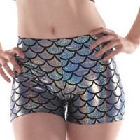 E170  Mermaid Fashion Shorts Sexy Novelty Ladies Casual  Shorts Silver Fish Scale Shorts