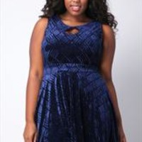 Womens Plus Size Dresses - Yours Clothing