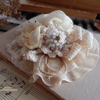 Shabby chic brooch, Antique French Lace Trim Brooch, Ivory brooch, Handmade brooch, Antique fabric brooch