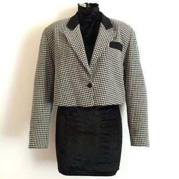 Vintage 1990s cropped, single button black and white houndstooth jacket with black wool collar and pocket trim / Made in Italy