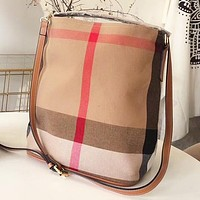 Burberry Fashion New Canvas Shopping Leisure Shoulder Bag Crossbody Bag Bucket Bag