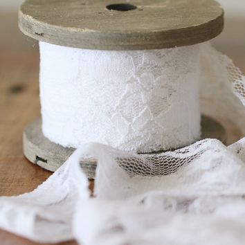 "Lace Bouquet Wrap in White - 1.6"" Wide x 9.85'"
