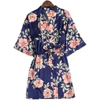New Women Silk Satin Wedding Bride Bridesmaid Robe Floral Bathrobe Sexy Short Kimono Robe Night Robe Plus Size Bath Robe M-XXL