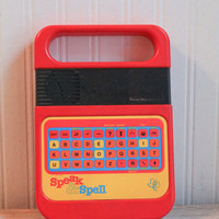 Speak and Spell, Texas Instruments, Word Game, 1980, Learning Games, Retro Gaming, Vintage Game, 80s Electronics, Nerd Gift, Geek Gift, ET