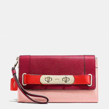 Coach Swagger Clutch in Colorblock Pebble Leather
