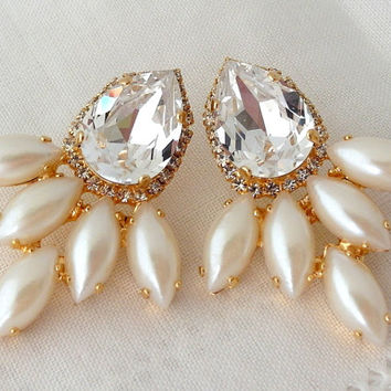baroque large white pearl stud earrings gold extra pin in