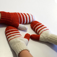 Womens mittens, supersoft merino wool mittens, customized mitts, winter mittens, red and cream striped mittens
