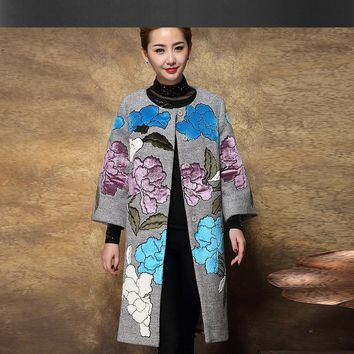 Gray embroidered woolen coat 2017 autumn / winter new large size women's wool jacket applique woolen coat jacket