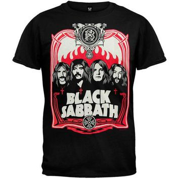 PEAPGQ9 Black Sabbath - Red Flames T-Shirt