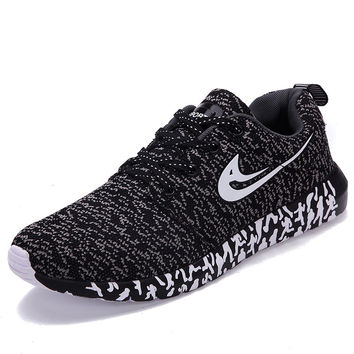 Casual breathable mesh sports shoes