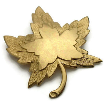 Vintage Monet Gold Tone Maple Leaf Brooch Pin - Signed Monet Gold Maple Leaf Pin