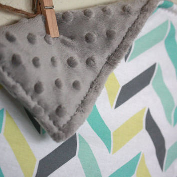 Mini Baby lovey blanket with chevron pattern- Grey