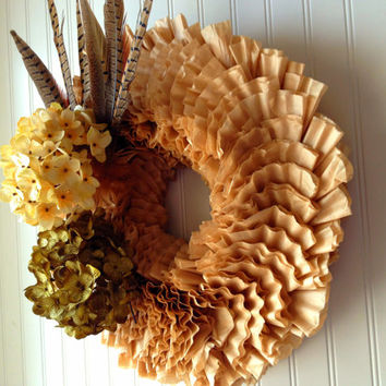 Coffee filter wreath for fall. fall wreath, wreath for fall, fall door wreath. fall decor. Autumn wreath.