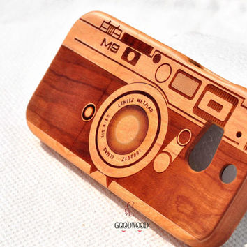 Wood  HTC One M7 Case, Htc One Case, Htc One Phone Case Cover, Htc One M8 case,Engraved the camera case .Gift