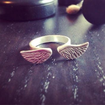 Silver Wing Ring