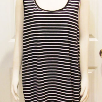 Plus Size Clothing Plus Size Top Plus Size Tunic Black and White Top Striped Top Striped Tank Top Size 18 Top Size 20 Top Striped Shirt Long