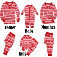 2017 New Family Christmas Dear Pajamas Matching Clothes Xmas Red Mama Women Family Matching Christmas Pajamas Sets