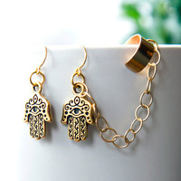 Hamsa Hand Ear Cuff Earrings, Gold bohemian earcuff with chain -  Spring Jewelry