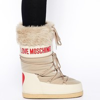 Love Moschino Beige Snow Boots With Faux Fur Trim