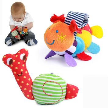 2018 Caterpillar Snails Baby Wrist Watchs Baby Toys Infant Learning & Education Toy Baby Rattle Hand Rattles Finders Toys G0091
