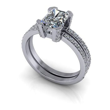 Russian Brilliants Alexandra Engagement Ring Radiant Cut and Diamonds