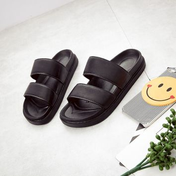 Hot Sale Summer Men Slippers Leather Sandals Swimming Beach Flip Flop Sandals Men Summer Sandals Casual Unicorn Slippers