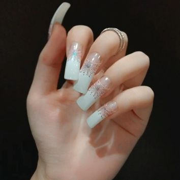 Fashion Extra Long Flat Artificial Nail Tips Salon 3d Texture Stripes Design White French Fake Nails Faux Ongles Z473