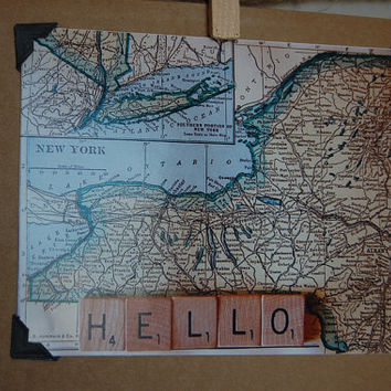 Vintage style 1928 vintage New York map blank photo notecard with scrabble tile Hello