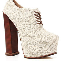 DV8 by Dolce Vita Platform Lace Shoe in White