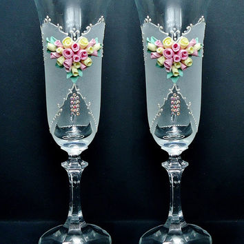 Spring Wedding Champagne Glasses, Toasting Flutes, pink yellow green white, favor gift, wedding decoration