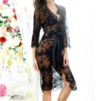 2017 Sexy Women Nightgowns Summer Hot Sale Sleepshirts 3/4 Sleeve O Neck Nightgowns Lace See-through Sleepwear