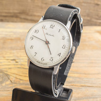 Vintage Raketa mens watch, white dial, russian watch ussr ccp soviet watch