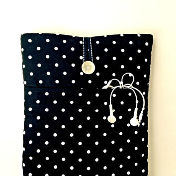 "Macbook Pro Case, Mac Book Charger Cord Pocket, 13 "" Padded Mac Book Bag, 13.3 inch Sleeve, Handmade Laptop Dust Cover, Black Polka Dots New"