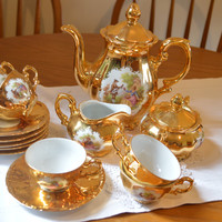 Stunning Vintage Gold China Teaset/Bavaria Teapot,sugar,creamer/6x cups and saucers/ships worldwide from UK