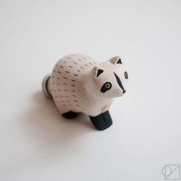 T-lab Handcarved Wooden Raccoon