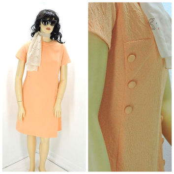 Vintage 60s mod peach dress size 14 / 16, Gloria Dawson retro embossed textured mod 1960s dress, SunnyBohoVintage