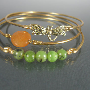 Gold dragonfly bangle bracelet set - Green Jade Jewelry - Dragonfly Jewelry - Orange Stone Jewelry - Green Jewelry - Gold Bangle Bracelet